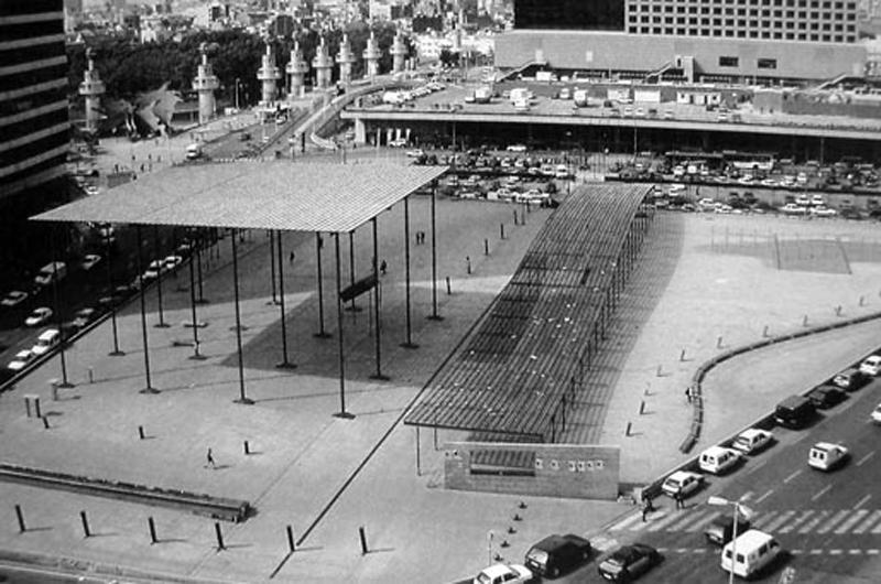 Plaça de l'estació de Sants o Plaça del Països Catalans