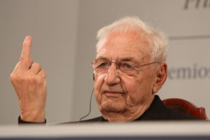 frank_gehry_one_finger_twitter_840_840_560_100