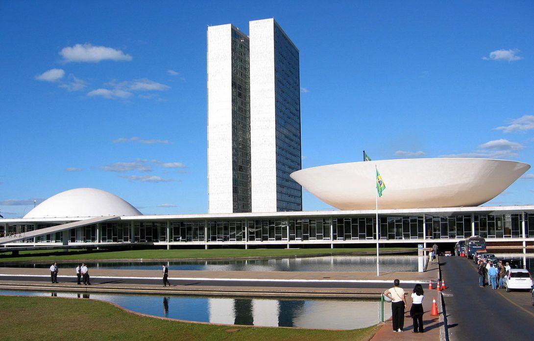 1280px-Congresso_do_Brasil